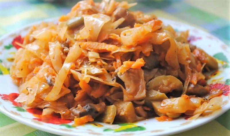 Тушеная капуста на сковороде: 12 рецептов как потушить капусту вкусно и правильно