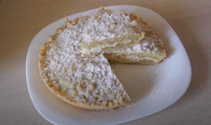 пирог с творогом тертый